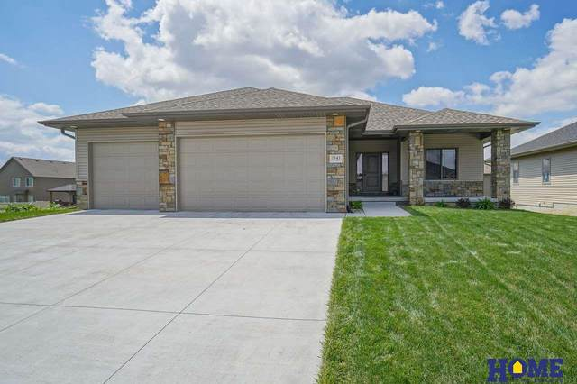 7541 S 78th Street, Lincoln, NE 68516 (MLS #22015413) :: Dodge County Realty Group