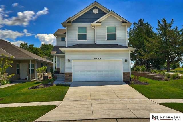 5660 Barrington Circle, Lincoln, NE 68516 (MLS #22015469) :: kwELITE