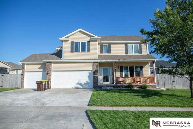 14231 Bailie Court, Waverly, NE 68462 (MLS #22015601) :: Dodge County Realty Group