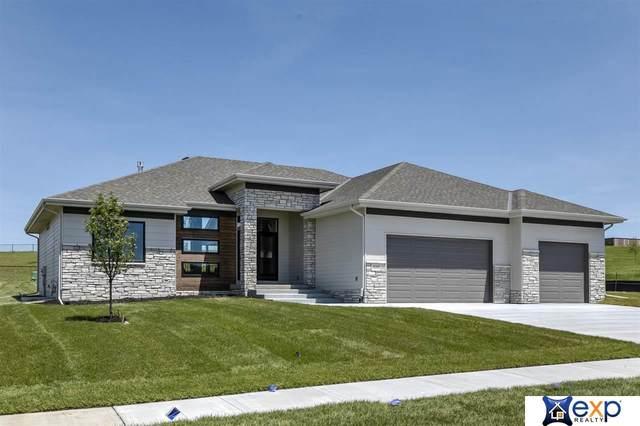 10317 S 188 Street, Omaha, NE 68136 (MLS #22015689) :: kwELITE