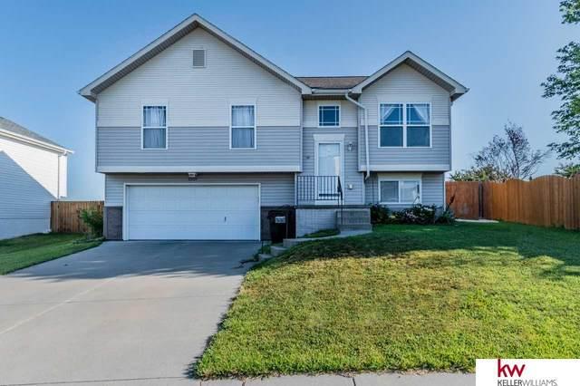 15824 Blackwalnut Street, Omaha, NE 68136 (MLS #22015700) :: Omaha Real Estate Group