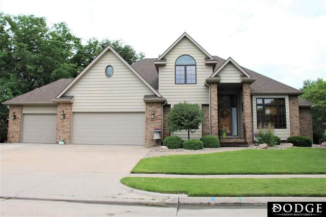 2709 Park Place Drive, Fremont, NE 68025 (MLS #22015756) :: Dodge County Realty Group