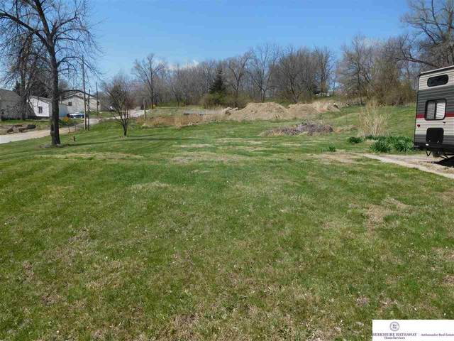 1631 Avenue A Lot 8 Avenue, Plattsmouth, NE 68048 (MLS #22015783) :: Cindy Andrew Group