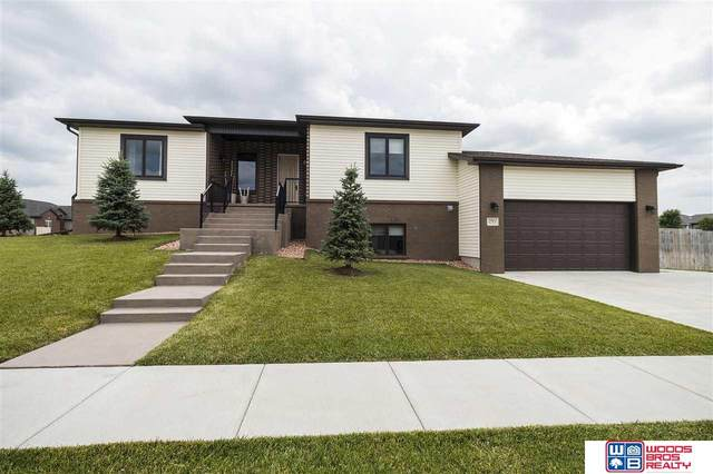 2961 Valley Stream Drive, Lincoln, NE 68516 (MLS #22015936) :: Dodge County Realty Group