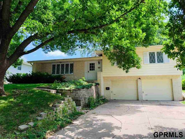 3021 S 48 Avenue, Omaha, NE 68106 (MLS #22015965) :: Dodge County Realty Group
