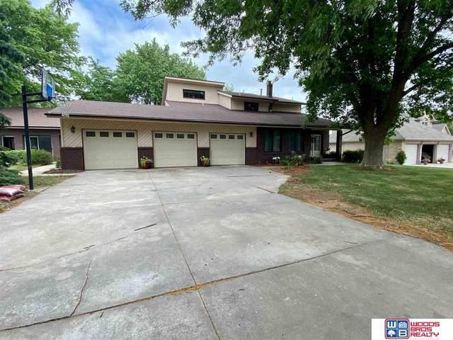 740 E Pinewood Avenue, Seward, NE 68434 (MLS #22016003) :: kwELITE
