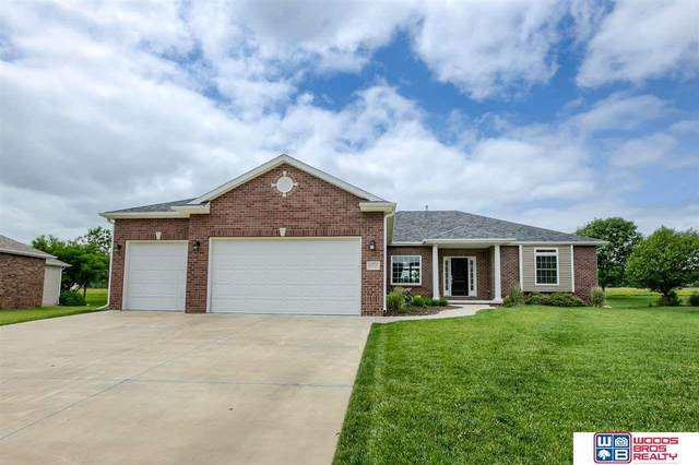 6811 Shadow Ridge Road, Lincoln, NE 68512 (MLS #22016121) :: Cindy Andrew Group