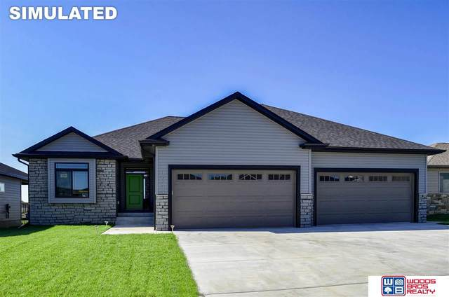 345 N 104th Street, Lincoln, NE 68527 (MLS #22016210) :: kwELITE