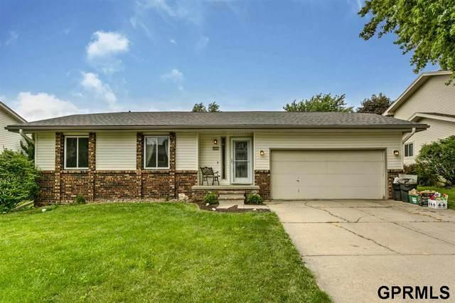 6630 S 108th Terrace, Omaha, NE 68137 (MLS #22016211) :: Omaha Real Estate Group