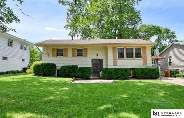 6332 N 76 Street, Omaha, NE 68134 (MLS #22016244) :: One80 Group/Berkshire Hathaway HomeServices Ambassador Real Estate