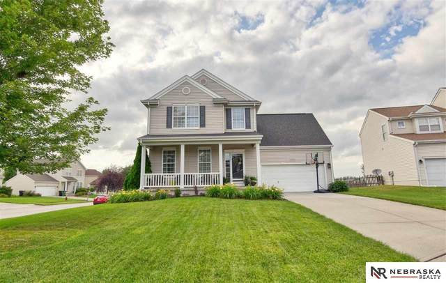 11311 Northridge Circle, Gretna, NE 68028 (MLS #22016255) :: Dodge County Realty Group