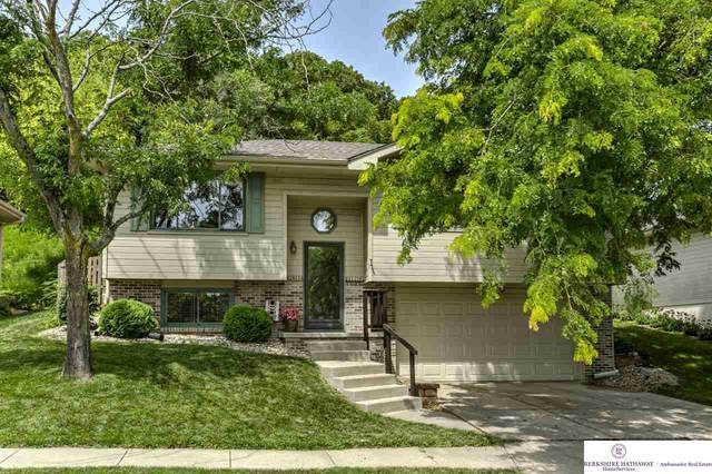 1112 Jim Brown Parkway, Council Bluffs, IA 51503 (MLS #22016343) :: Dodge County Realty Group