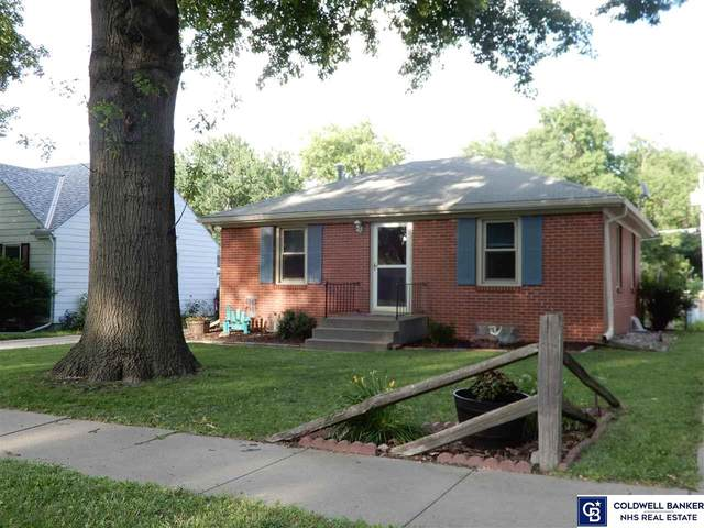 3126 Touzalin Avenue, Lincoln, NE 68507 (MLS #22016392) :: Dodge County Realty Group