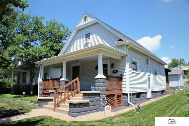 1121 5th Street, Fairbury, NE 68352 (MLS #22016393) :: Dodge County Realty Group