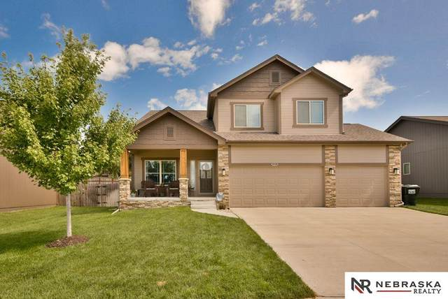18908 Redwood Street, Omaha, NE 68028 (MLS #22016401) :: Omaha Real Estate Group