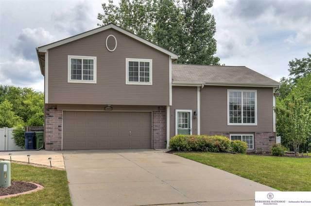 10605 S 17th Street, Bellevue, NE 68123 (MLS #22016406) :: Capital City Realty Group