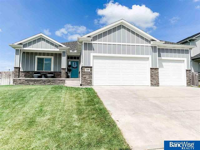 7320 Irene Court, Lincoln, NE 68516 (MLS #22016416) :: kwELITE