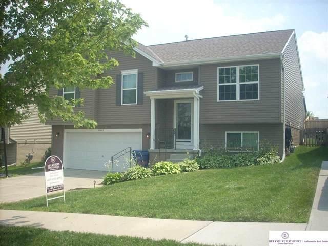 14613 Knudsen Street, Bennington, NE 68007 (MLS #22016430) :: One80 Group/Berkshire Hathaway HomeServices Ambassador Real Estate