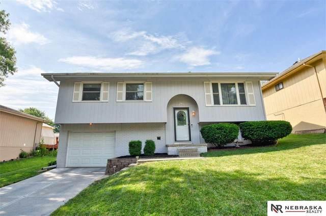 12905 Olive Street, Omaha, NE 68138 (MLS #22016460) :: One80 Group/Berkshire Hathaway HomeServices Ambassador Real Estate