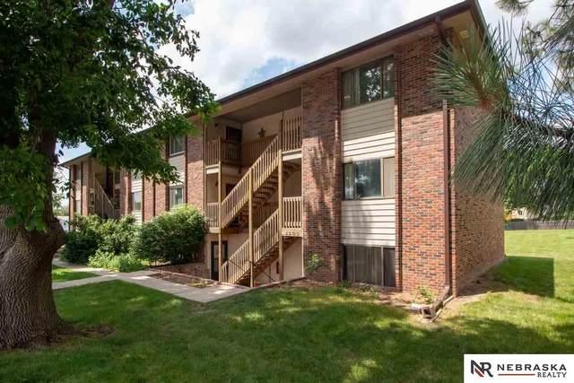 5503 S 31St Street E8, Lincoln, NE 68516 (MLS #22016518) :: Lincoln Select Real Estate Group