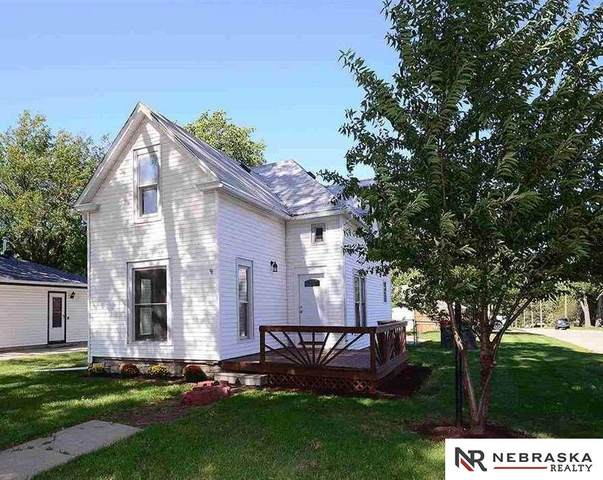 6842 Lexington Avenue, Lincoln, NE 68505 (MLS #22016533) :: kwELITE