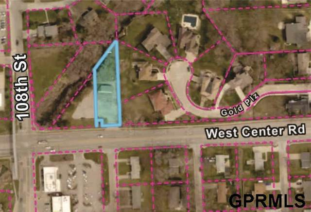10750 W Center Road, Omaha, NE 68124 (MLS #22016540) :: Dodge County Realty Group