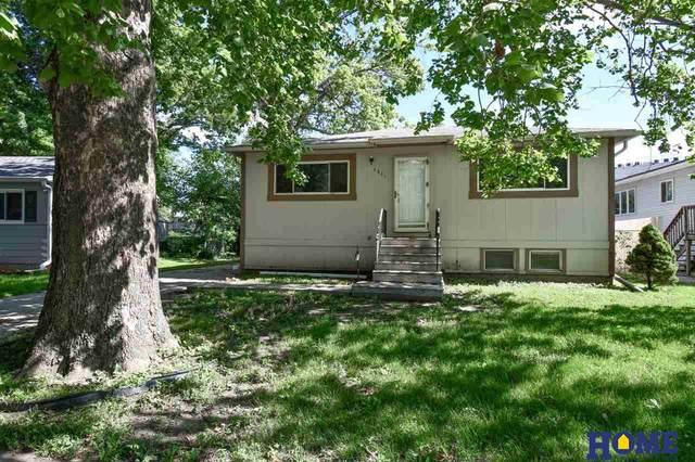 5911 Tangeman Terrace, Lincoln, NE 68505 (MLS #22016544) :: kwELITE