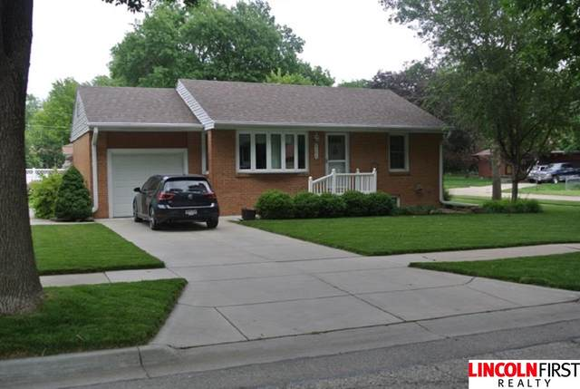 2154 S 59Th Street, Lincoln, NE 68506 (MLS #22016550) :: Dodge County Realty Group