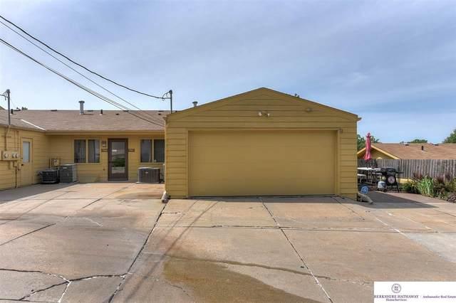 7912 Park Drive, Omaha, NE 68127 (MLS #22016560) :: Dodge County Realty Group