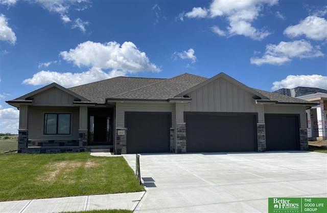 18327 Taylor Street, Elkhorn, NE 68022 (MLS #22016598) :: One80 Group/Berkshire Hathaway HomeServices Ambassador Real Estate