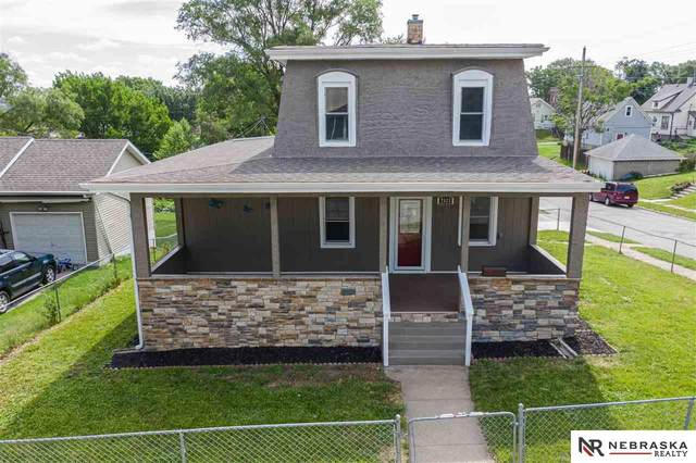 2523 S 31 Street, Omaha, NE 68105 (MLS #22016607) :: Omaha Real Estate Group
