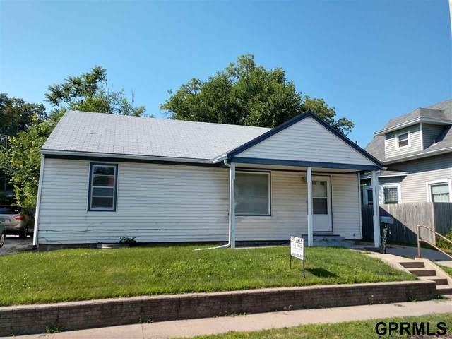 3235 Vine Street, Lincoln, NE 68503 (MLS #22016614) :: kwELITE