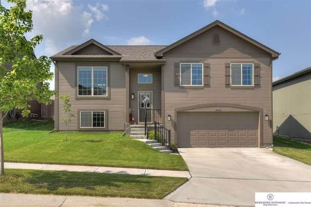 14612 Craig Street, Bennington, NE 68007 (MLS #22016638) :: Cindy Andrew Group