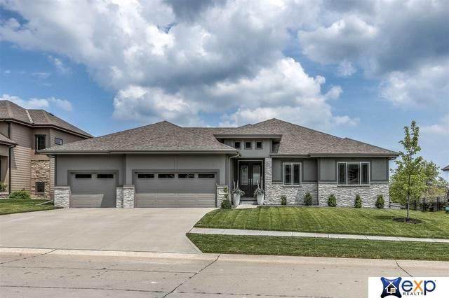 19614 Decatur Street, Elkhorn, NE 68022 (MLS #22016660) :: One80 Group/Berkshire Hathaway HomeServices Ambassador Real Estate