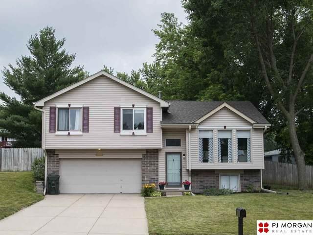 4003 Ramblewood Drive, Elkhorn, NE 68022 (MLS #22016670) :: One80 Group/Berkshire Hathaway HomeServices Ambassador Real Estate