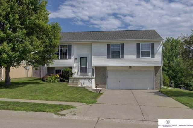 15804 Redwood Street, Omaha, NE 68136 (MLS #22016681) :: The Briley Team
