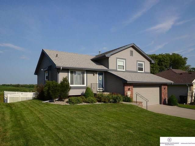 12510 S 218th Avenue, Gretna, NE 68028 (MLS #22016682) :: One80 Group/Berkshire Hathaway HomeServices Ambassador Real Estate