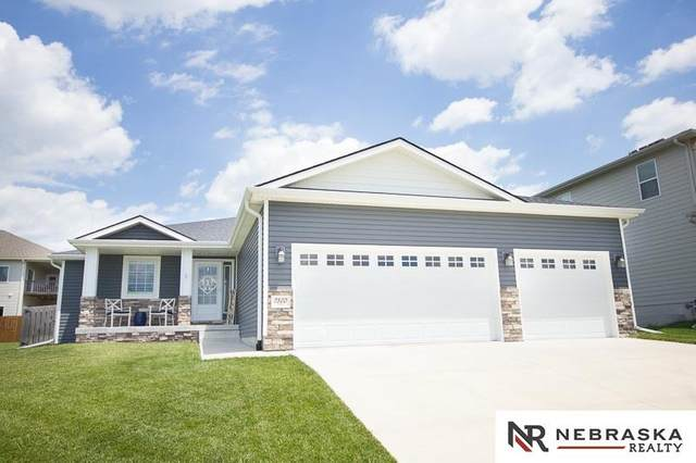 7300 Andy Drive, Lincoln, NE 68516 (MLS #22016722) :: Dodge County Realty Group