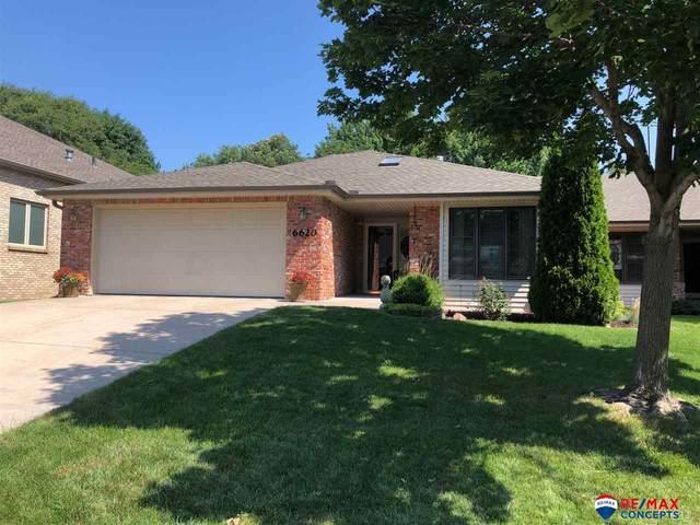 6620 Flint Ridge Road, Lincoln, NE 68506 (MLS #22016737) :: One80 Group/Berkshire Hathaway HomeServices Ambassador Real Estate