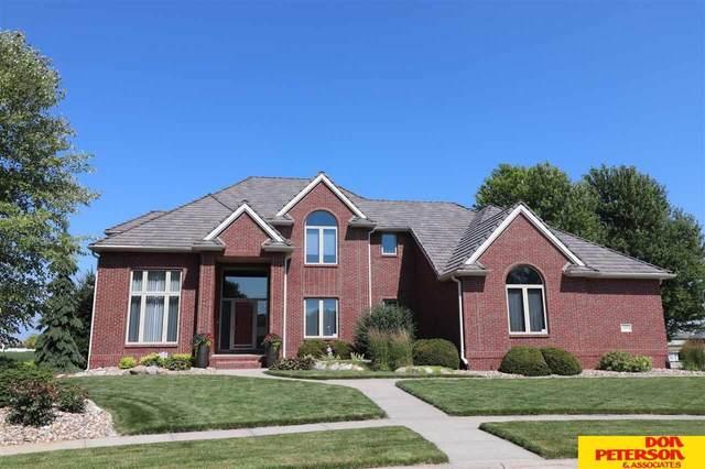 1040 Summerwood Circle, Fremont, NE 68025 (MLS #22016752) :: kwELITE