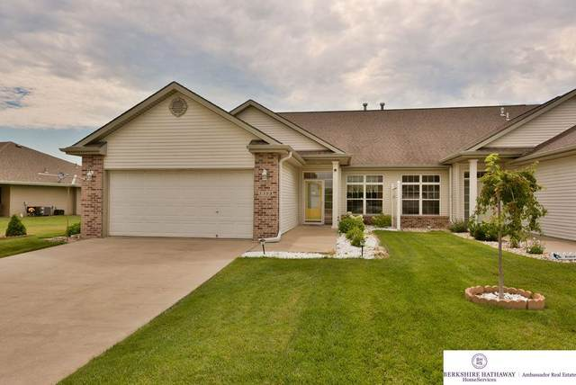5305 Hardings Landing Road, Council Bluffs, IA 51501 (MLS #22016757) :: One80 Group/Berkshire Hathaway HomeServices Ambassador Real Estate