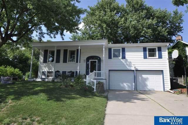 3511 Merritt Drive, Lincoln, NE 68506 (MLS #22016771) :: Lincoln Select Real Estate Group