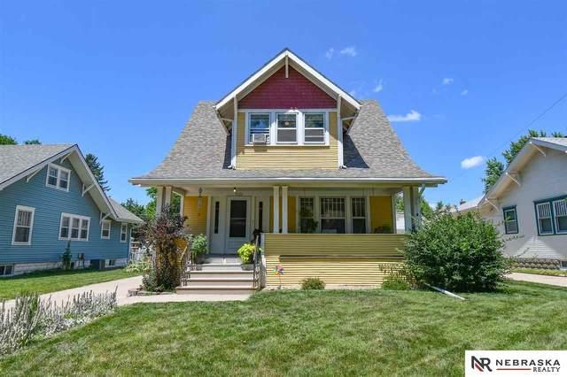 2626 Everett Street, Lincoln, NE 68502 (MLS #22016815) :: Stuart & Associates Real Estate Group
