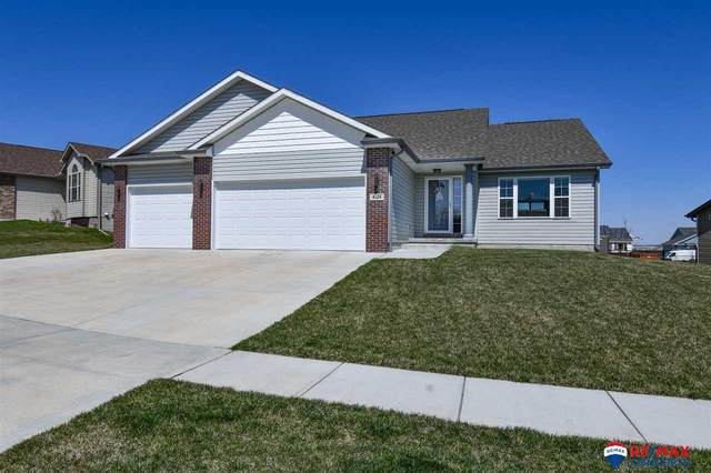 4124 W Milton Road, Lincoln, NE 68528 (MLS #22016834) :: Cindy Andrew Group