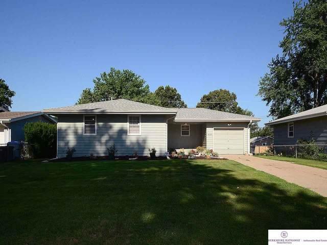 5006 Magnolia Street, Omaha, NE 68137 (MLS #22016846) :: Cindy Andrew Group