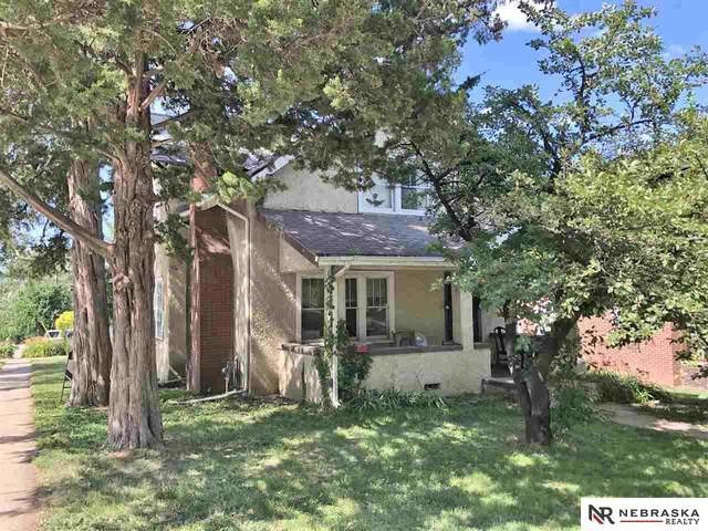4424 Pierce Street, Omaha, NE 68105 (MLS #22016877) :: Dodge County Realty Group