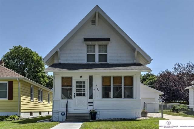 2137 S 35th Avenue, Omaha, NE 68105 (MLS #22016891) :: Dodge County Realty Group