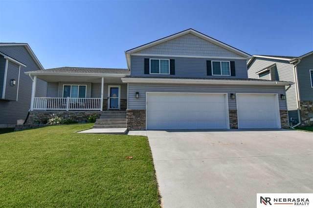 1431 Torreys Drive, Lincoln, NE 68521 (MLS #22016895) :: kwELITE