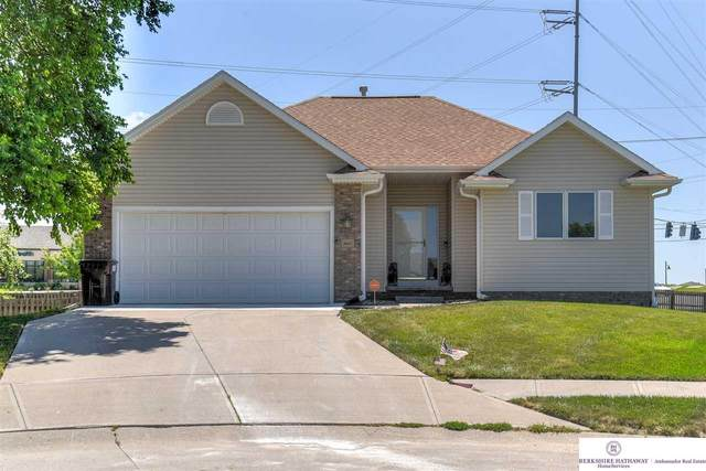 16621 Heather Street, Omaha, NE 68136 (MLS #22016902) :: The Briley Team
