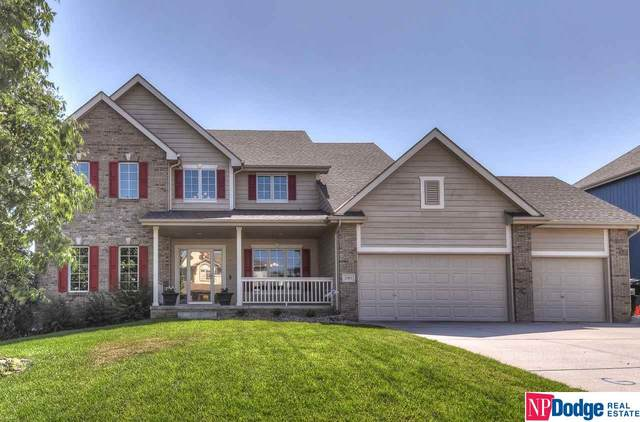2361 Broadwater Drive, Papillion, NE 68046 (MLS #22016946) :: Omaha Real Estate Group